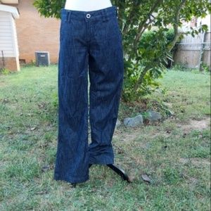Kut From The Kloth Wide/Flare Leg Jeans 6